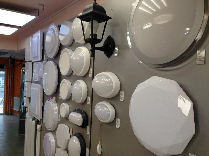 светодиодные и классические источники света - лампы, светильники, прожекторы, фонари