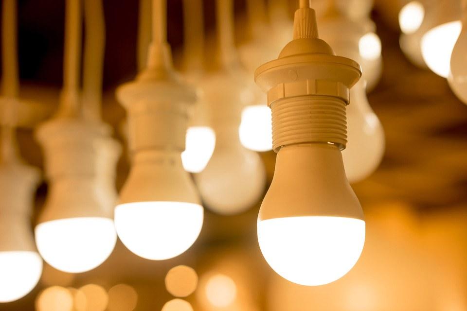 Новый люминофор может сделать флуоресцентное и светодиодное освещение следующего поколения еще более дешевым и эффективным