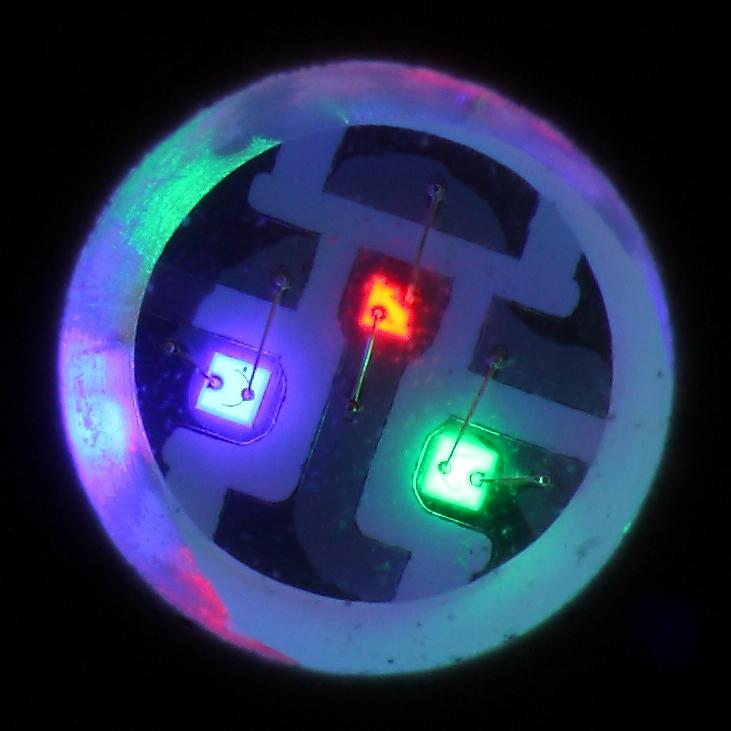 Полноцветный светодиод